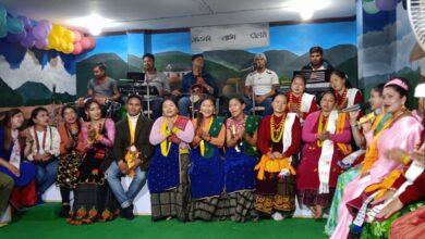 Photo of लोक संस्कृतीको जर्गेनासंगै समाजसेवाका लागि गण्डकी लाइभ दोहोरी (भिडियो सहित)